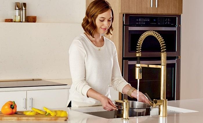 moen align pre-rinse pulldown kitchen faucet in brushed nickel